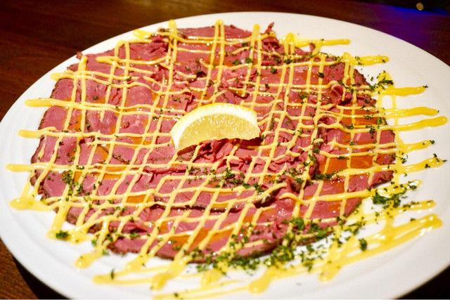 銀座で肉料理をリーズナブルな価格で楽しむ